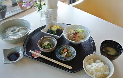 定番メニュー水餃子【1.404円】