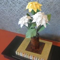 講師が作った折り紙作品